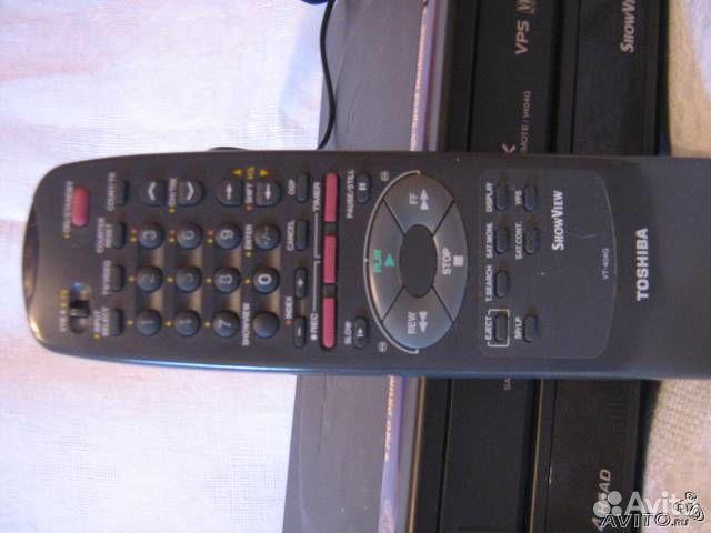 Видеомагнитофон Toshiba