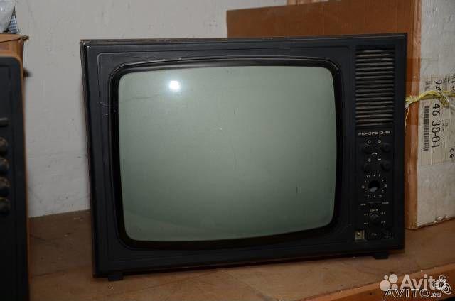 Телевизор рекорд 345 черно-