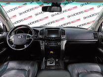 Toyota Land Cruiser, 2011