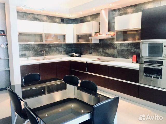 Продается трехкомнатная квартира за 9 500 000 рублей. г Саратов, ул Валовая, д 2/10.