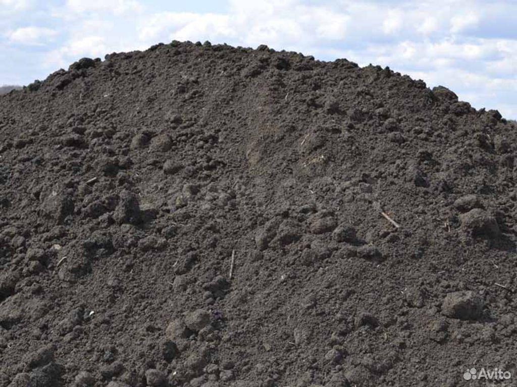 Чернозем, плодородная земля, навоз коровяк перегно