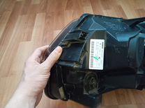 Renault Duster фара правая