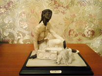 Статуэтка Девушка с собакой — Мебель и интерьер в Москве