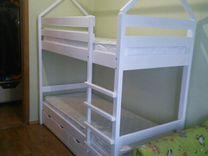 Детская двухъярусная кровать из массива