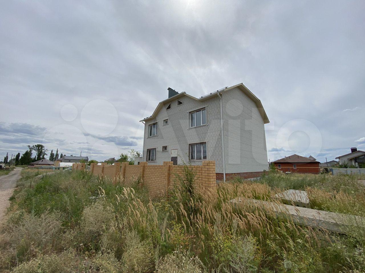 Дом 298 м² на участке 10 сот.  89198305239 купить 2